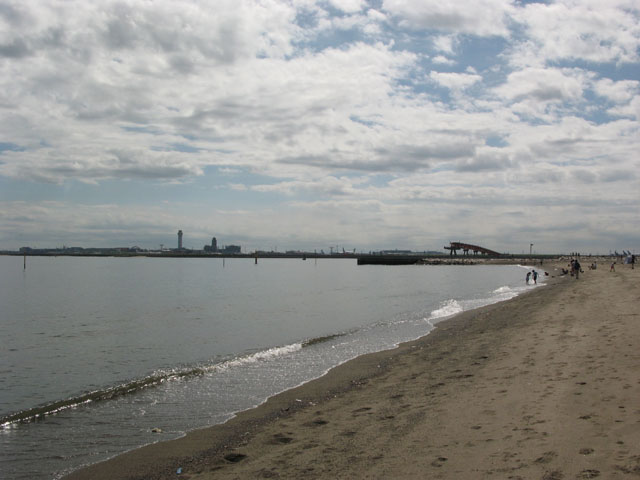 城南島の人工砂浜